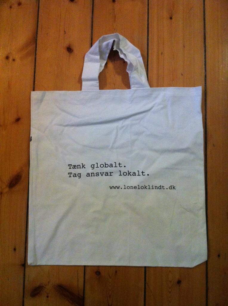 Tænk globalt, tag ansvar lokalt med indkøbsnettet over skulderen